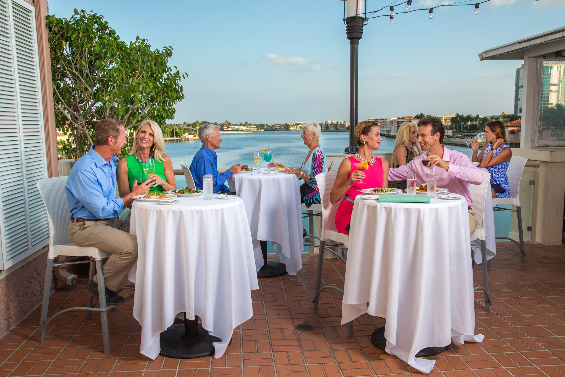 naples florida restaurants, waterfront naples restaurants, naples fine dining, shopping malls naples, shopping malls in naples fl, shopping centers naples florida, upscale shopping naples fl