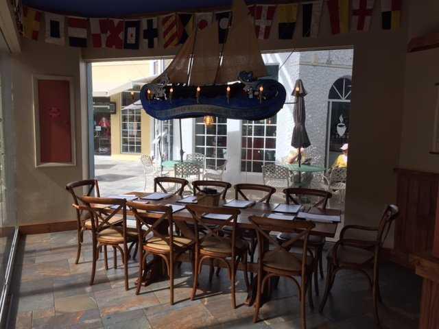 Naples casual Restaurants, Naples Restaurants, Naples Bar and Grill, Naples casual food, Casual Restaurants in Naples Fl, Restaurants in Naples, Naples casual dining, Naples dining, Naples Waterfront restaurants, Naples lunch and diner, Naples Fl casual Restaurants