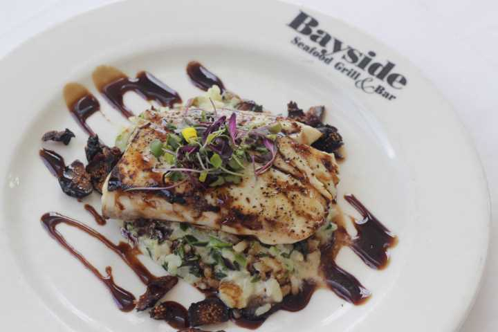 Naples Seafood Restaurants, Naples Seafood Restaurant, Naples Fish Restaurants, Seafood in Naples Fl, Seafood Restaurants in Naples, Naples Restaurants and Bars, Naples Grill Rooms, Naples Waterfront dining, Naples waterside dining, Naples Casual dining, Naples Fl Seafood Restaurants