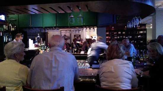Naples Seafood Restaurants, Naples Steak Restaurants, Naples Seafood Restaurant, Restaurants in Naples Fl, Seafood Restaurants in Naples, Naples Fine Restaurants, Naples fine seafood dining, Naples Waterfront dining, Naples waterside dining, Naples fine dining